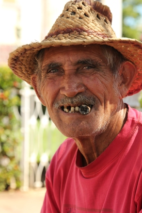 The old pensioner telling me about his life in Cuba