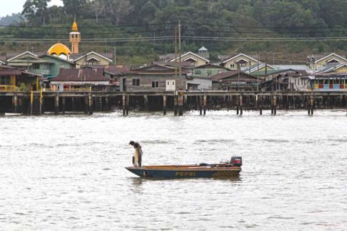 Kampong Ayer - Village of 30.000 stilted homes